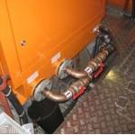 Kühlwasser und Brennstoff Eintritt/Austritt, integriert im Aggregat