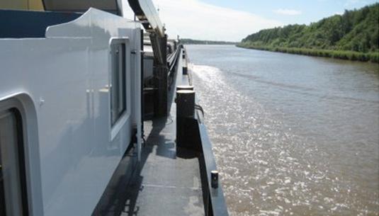 fahr auf dem nordostsee kanal